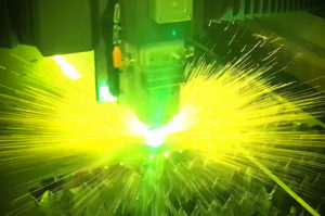 Fiber-laserskærer