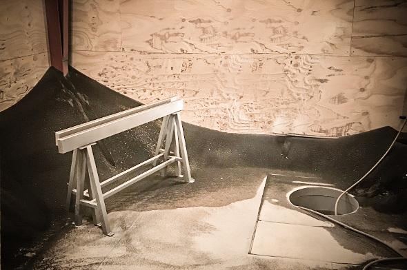 Sandblæsningskabinen hos Vestjysk Rustfri Montage i Varde
