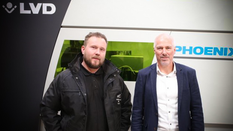 VRM-indehaver Brian Bloch og Jesper Madsby fra LVD har løbende sparret sammen forud for beslutningen om ti kiloWatt-filerlaserskæreren.